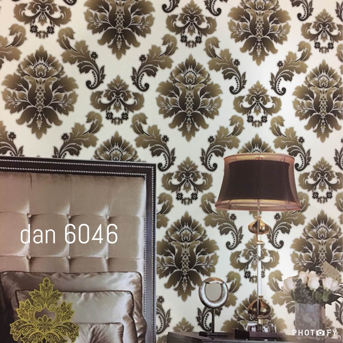 Damask Wallpaper for Drawing Room.   A Damask wallpaper, Brown Shade on cream base for your Bed room as well as for Drawing room.   A Daniel Wallpaper 6046 Wallpaper.  To buy call us  Wallparadise- Daniel Imported Wallpaper Supplier in India.