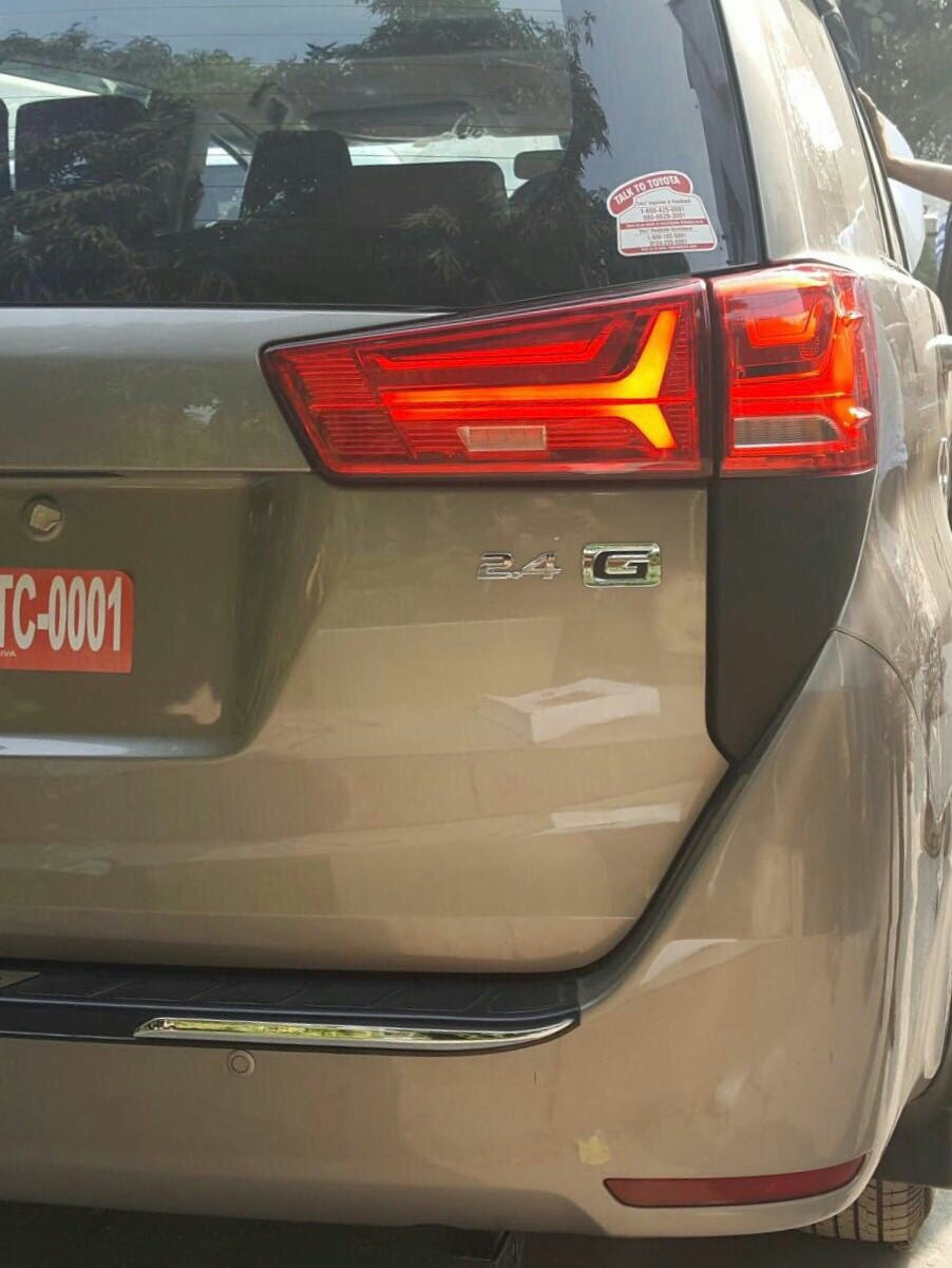 fancy taillights for toyota innova crysta available at motominds..#crysta modified#toyota fancy taillights#crysta lights