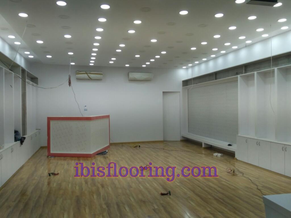 Even The Best Laminate Flooring Is Susceptible To Moisture Damage - Best flooring for moist basement