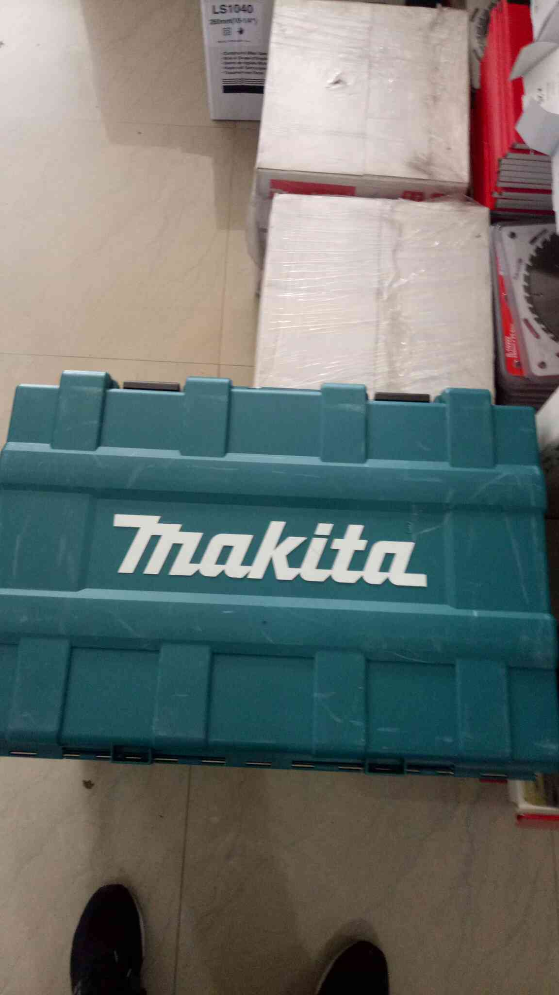 We have new launch products Makita breaker 1205C 8600B