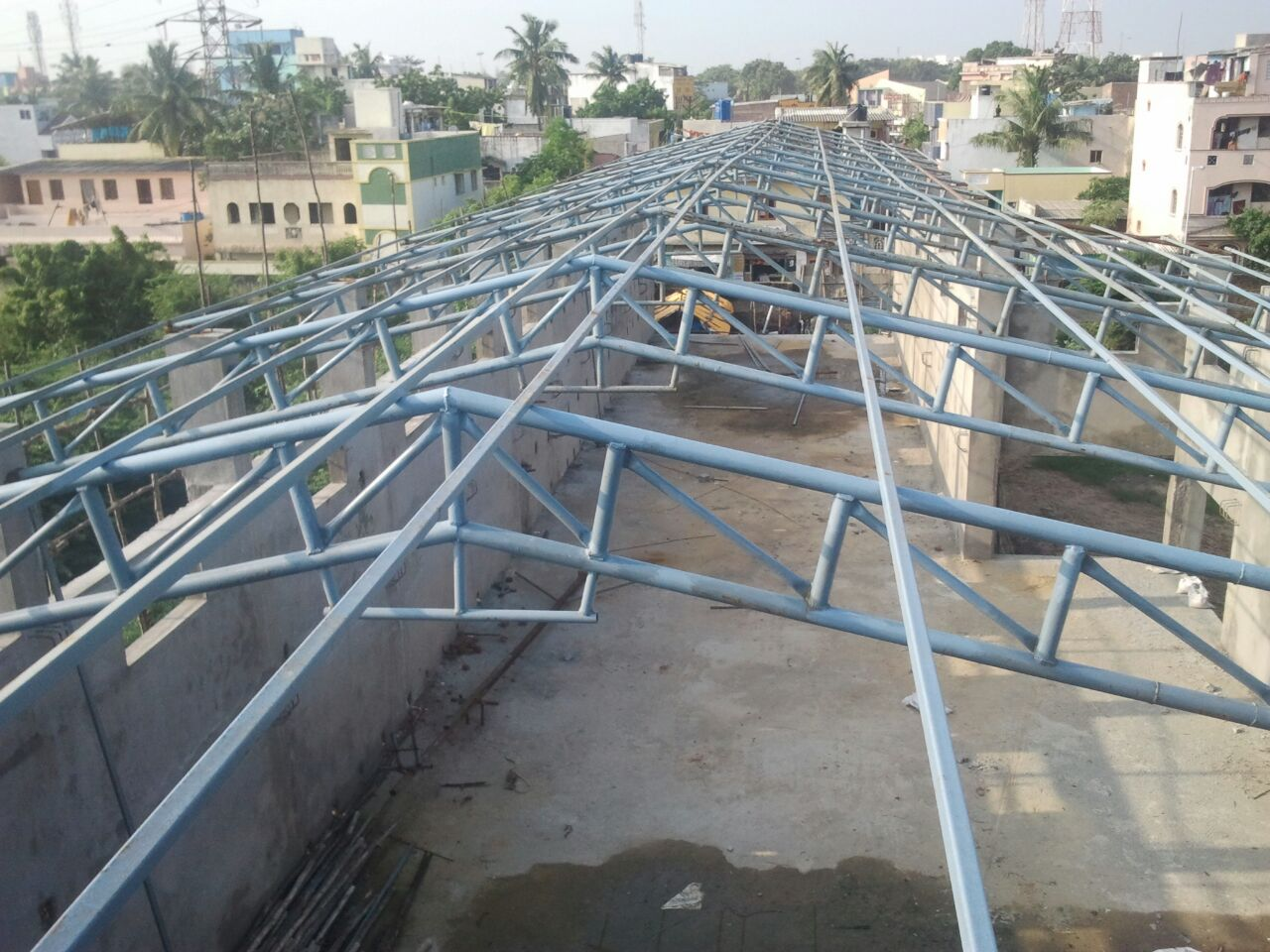 Structural Roofing System   Product Description: Owing to the wide experience of this domain, we are instrumental in offering Arched Roof Structure to our clients.   Features:   Excellent ventilation Abrasion resistant Quality tested