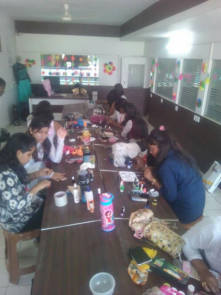 Participating in Nai