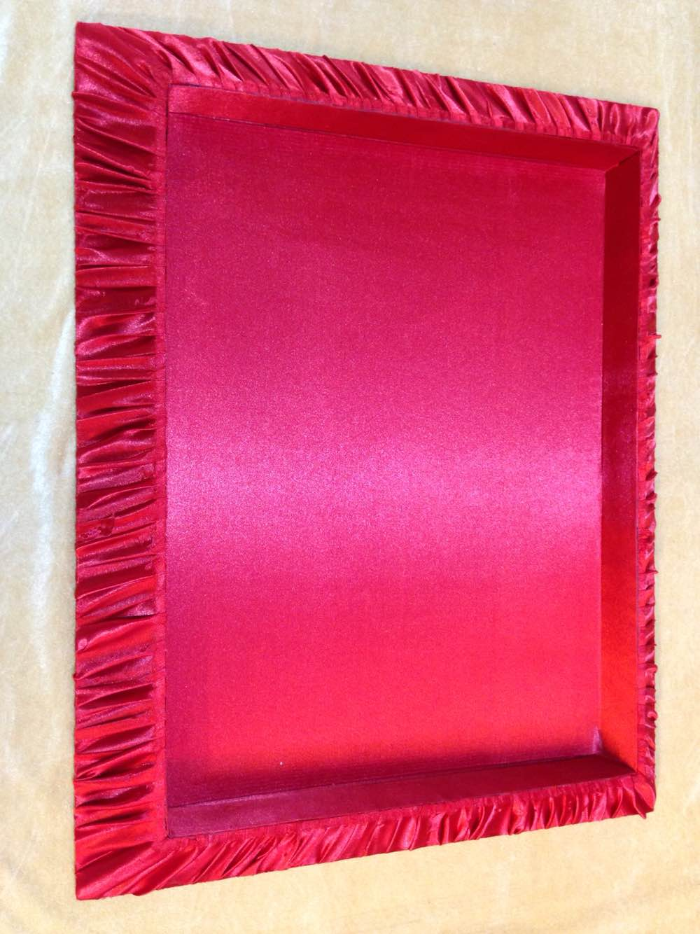 Bridal Saree Packing Tray   We are leading manufacturer, supplier and wholesaler of Bridal Saree Packing Tray