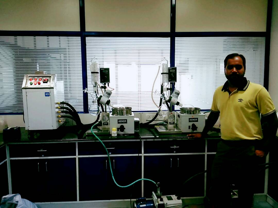 Rotary Evaporator , one kd chiller for two rotavapor ,  KD CHILLERS , SENCO ROTARY EVAPORATOR ,   SENCO Rotary Evaporators R206b 2l are developed by sticking to the basics, keeping in mind safety of the user and focusing on giving desired results. They enable to achieve desired results affordably and are backed by trustworthy service. The Lab Scale Rotary Evaporator is simple yet accurate, basic yet precise, up to the mark on performance and friendly on budget. Senco rotary evaporator  We have a unite Senco rotary evaporator in Hyderabad and India we have best price senco rotavapor
