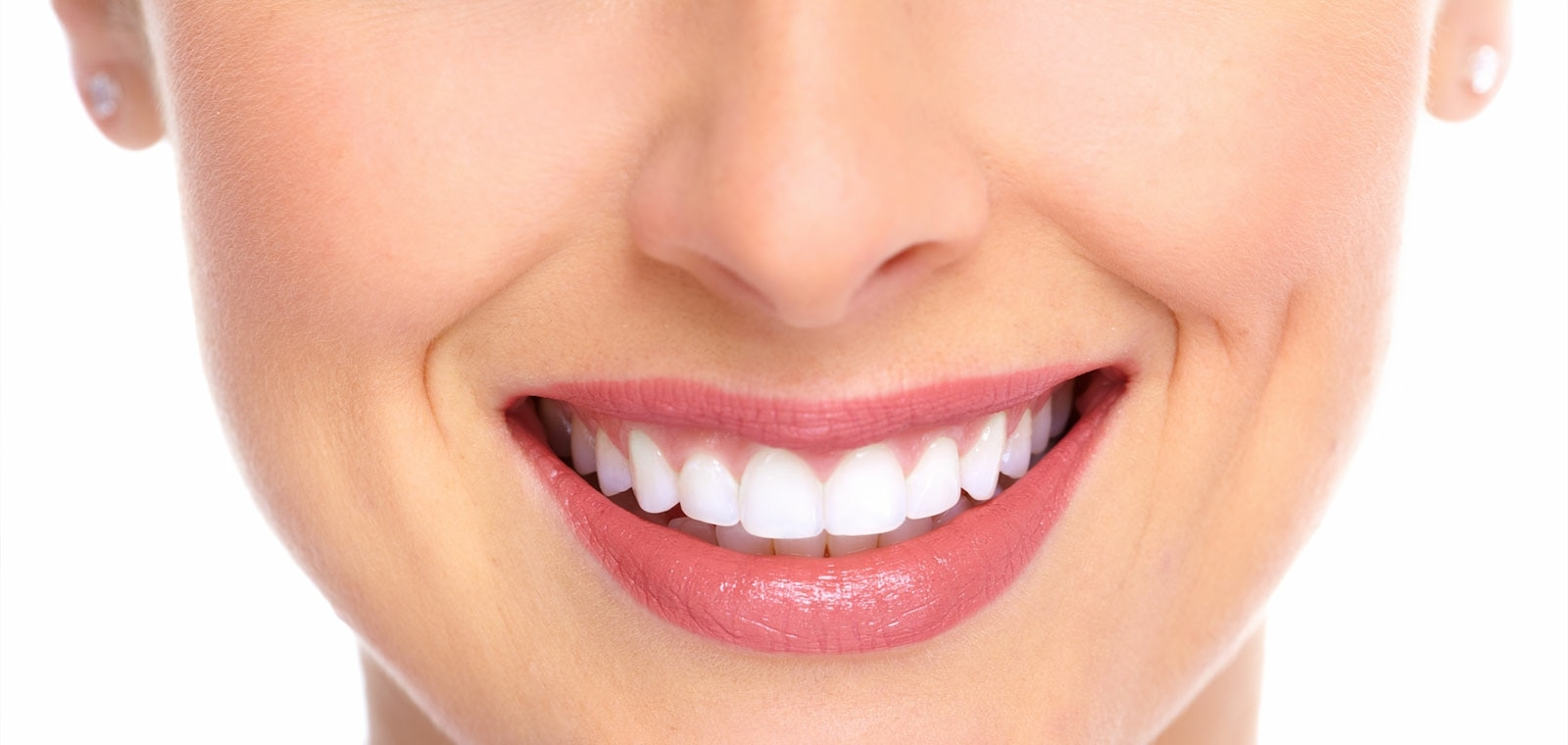Foul smell, Bad breath, Swollen gums, Bleeding gums? No matter what toothpastes you use or how many times you brush, Dental Scaling is inevitable. Get your teeth cleaning and polishing done today for treatment. Dentist in Baroda @ Gotri
