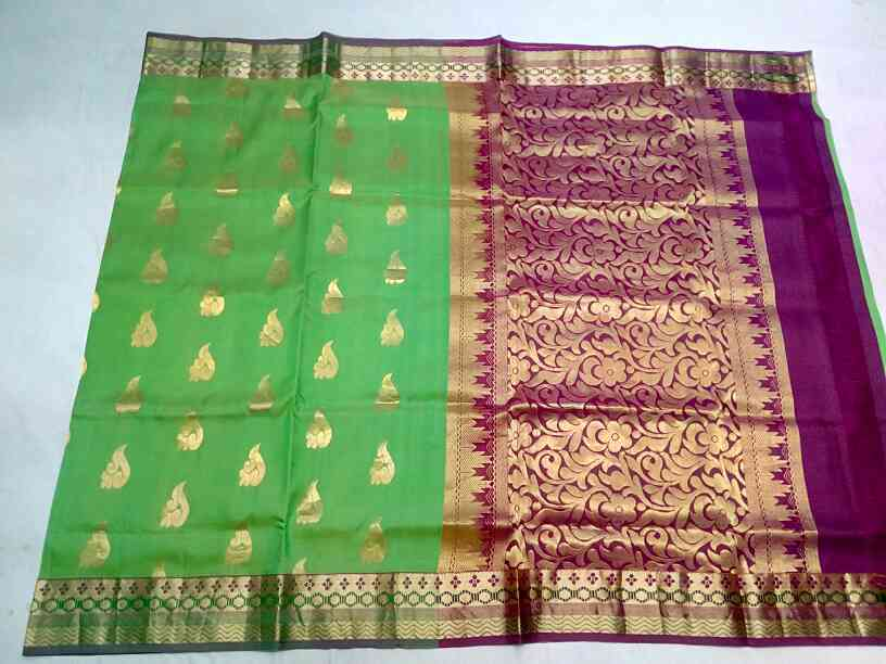 silk saree's at weavers price in Bangalore pure handloom silk saree's at attractive price available in kishore silks chickpet Bangalore visit once