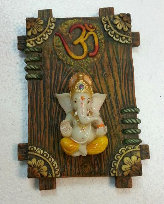 Buy Ganesha Wall Hanging Gift Items Online @ Signatures  Online Gifts shopping portal to buy Gifts for Men, Women, Teens, Kids, Babies, Wife, Husband, Girlfriend, Boyfriend for Birthday, Anniversary etc.. Latest Wall Hangings Products available online with easy payments methods.. Shop Online Now : 93630 00130