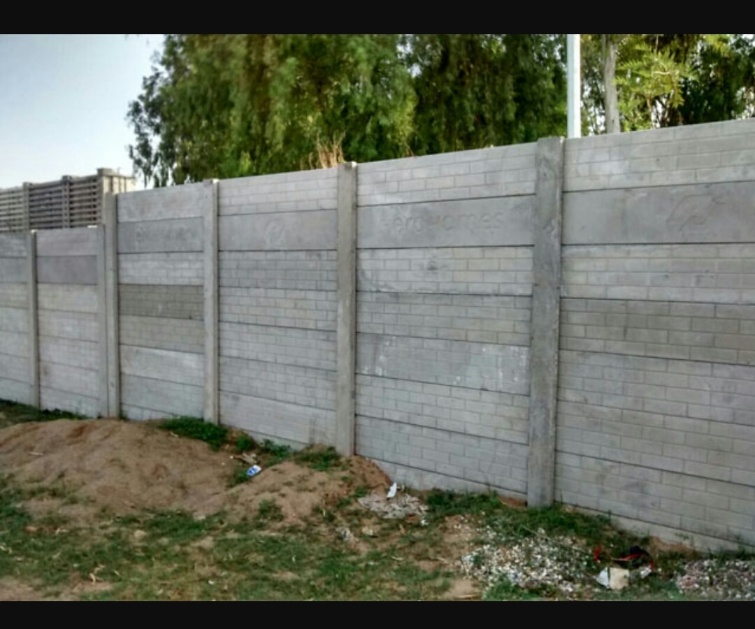Readymade Boundary Wall Manufacturer in Haryana, Delhi, Punjab, etc  Precast Compound Wall manufactured by Surabh is known for its high quality Concrete Mix and steel reinforcements. Precast Boundary Walls manufactured by us are available in different design and size specifications. All our Precast Concrete Walls are made in M25 Grade Concrete mix, designed to suit all kinds of atmospheric and soil competencies.