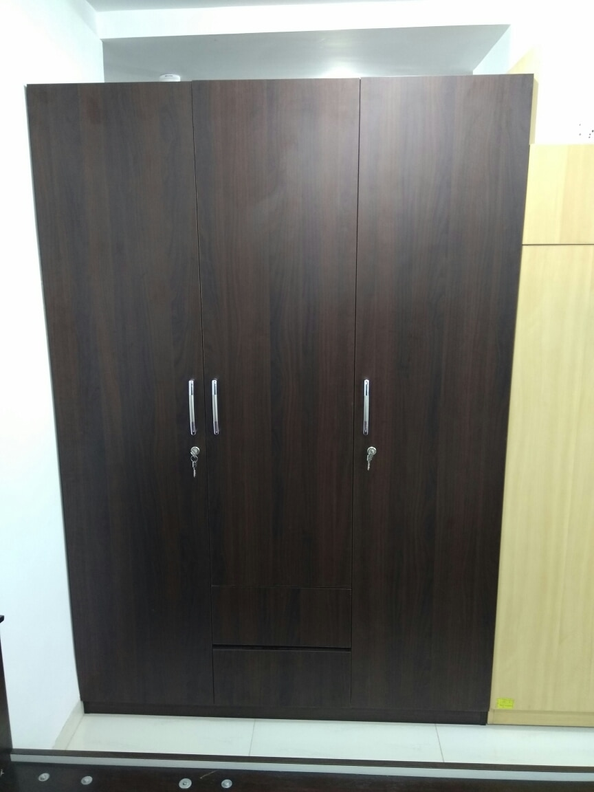 Wardrobe in marine ply