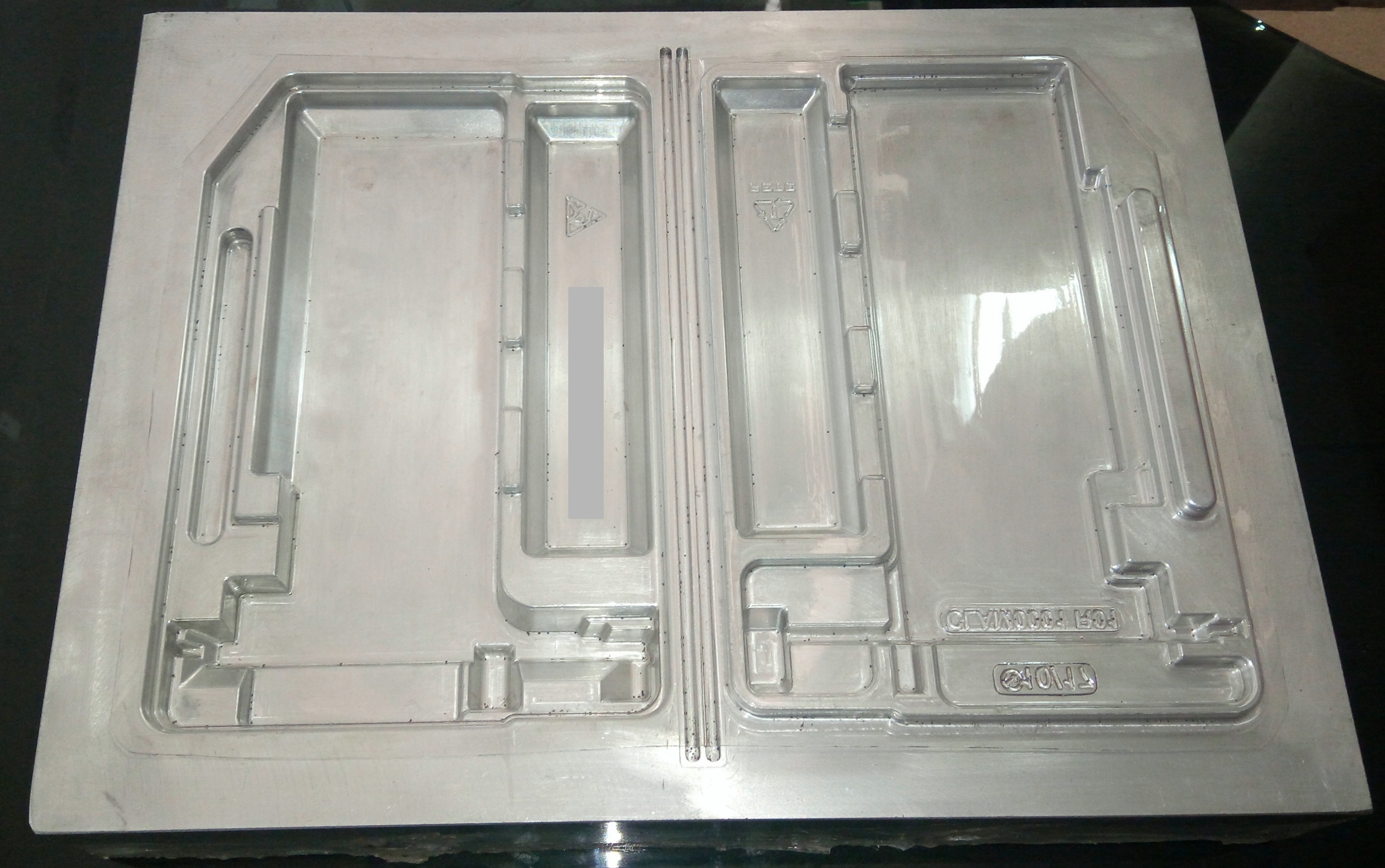 Computer Hardware Packing Mould/Mold  This computer hardware packing mould/ mold is made of high quality and smooth surface finish. They are manufactured with full dedication in a very mean time. This type of packages for computer hardware and any industrial trays can be designed and developed (manufactured) in high precision level by Ability Engineering Private Limited (AEPL).
