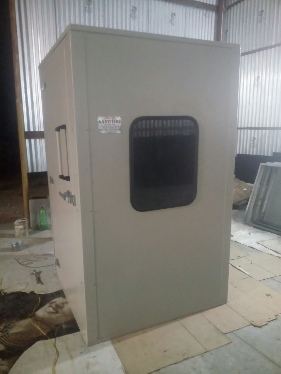 "Vocal Testing Booth  Large doors for easy double acoustic window Unitised all weld construction carpeting  vibration   2"" thick overlapping door Window – 23"" x 23"" (584 x 584mm) Vocal Testing Booth in Coimbatore Vocal Testing Booth in Chennai Vocal Testing Booth in Kerala Vocal Testing Booth In tirupur"