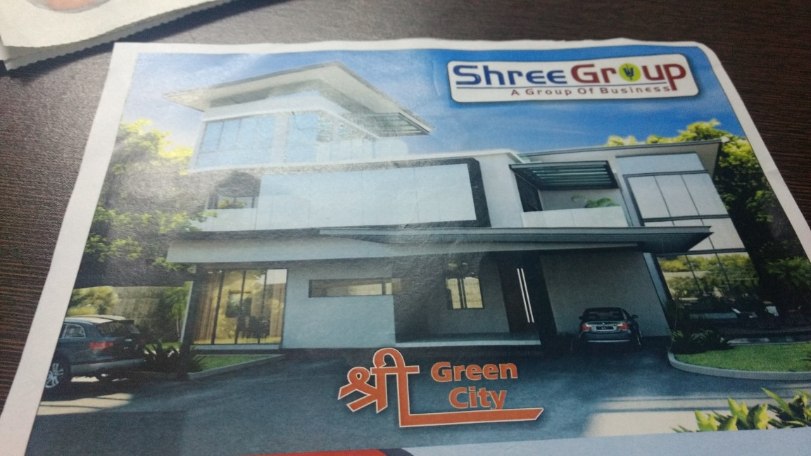 Plot Available in Ranchi. CANT free
