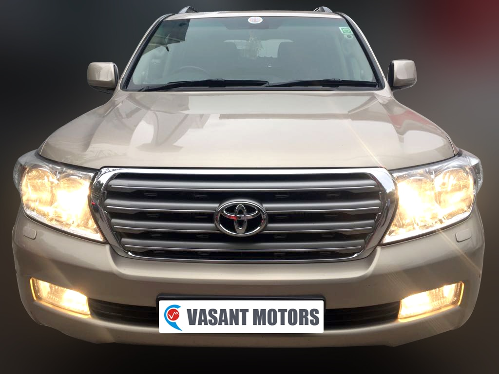 TOYOTA LAND CRUISER, (BEIGE MICA METALLIC COLOR, DIESEL) 2009 model done only 88, 000kms in absolute mint condition... buy now and get one year #service pack from us. For further info call 7569696666