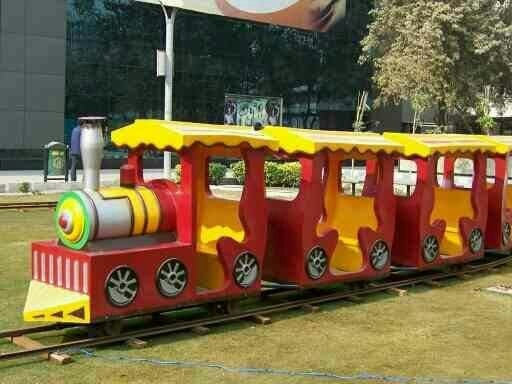 We are the leading manufacturer of Toy Trains and Family Trains. These Trains can be on electric operated and also can be on diesel operated or battery operated. Basically these trains is invent for the kids fun or family fun. Most of the Govt. Parks, Public parks and international school adopt this type of toy trains for their kids. children always have fun and entertainment while riding on it.   CALL OR SEND INQUIRY www.astrokidzinc.com +91 9911076230