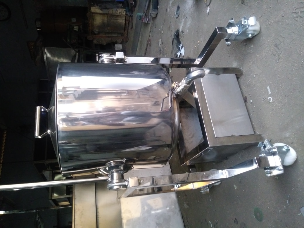 Stainless Steel Bulk Cooker For Outdoor Catering, Central Kitchens, Industrial Canteens, Marriage Halls, Restaurants & Hotels