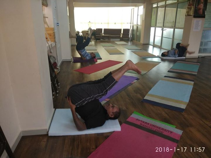 Yoga classes for all  Yoga studio following hathayoga, Ashtanga yoga, vinyasa yoga, etc  Yoga for weight loss, back pain, kids yoga, senior citizen yoga, yoga classes at home  For more info visit us at http://6amyoga.nowfloats.com/Yoga-classes-for-all-Yoga-studio-following-hathayoga-Ashtanga-yoga-vinyasa-yoga-etc-Yoga-for-weight-loss-back-pain-kids-/b1530