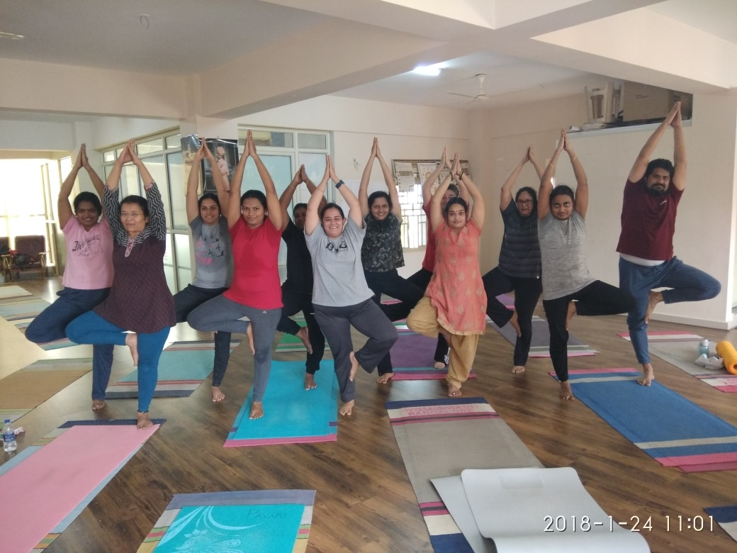 Best in class yoga classes in Kasavanahalli, Sarjapur Road, Bangalore Yoga studio for all Asana, Pranayama, Meditation Yoga classes at home Yoga for kids Yoga for weight loss, migraine, back pain, thyroid Yoga classes near me www.6amyoga.in