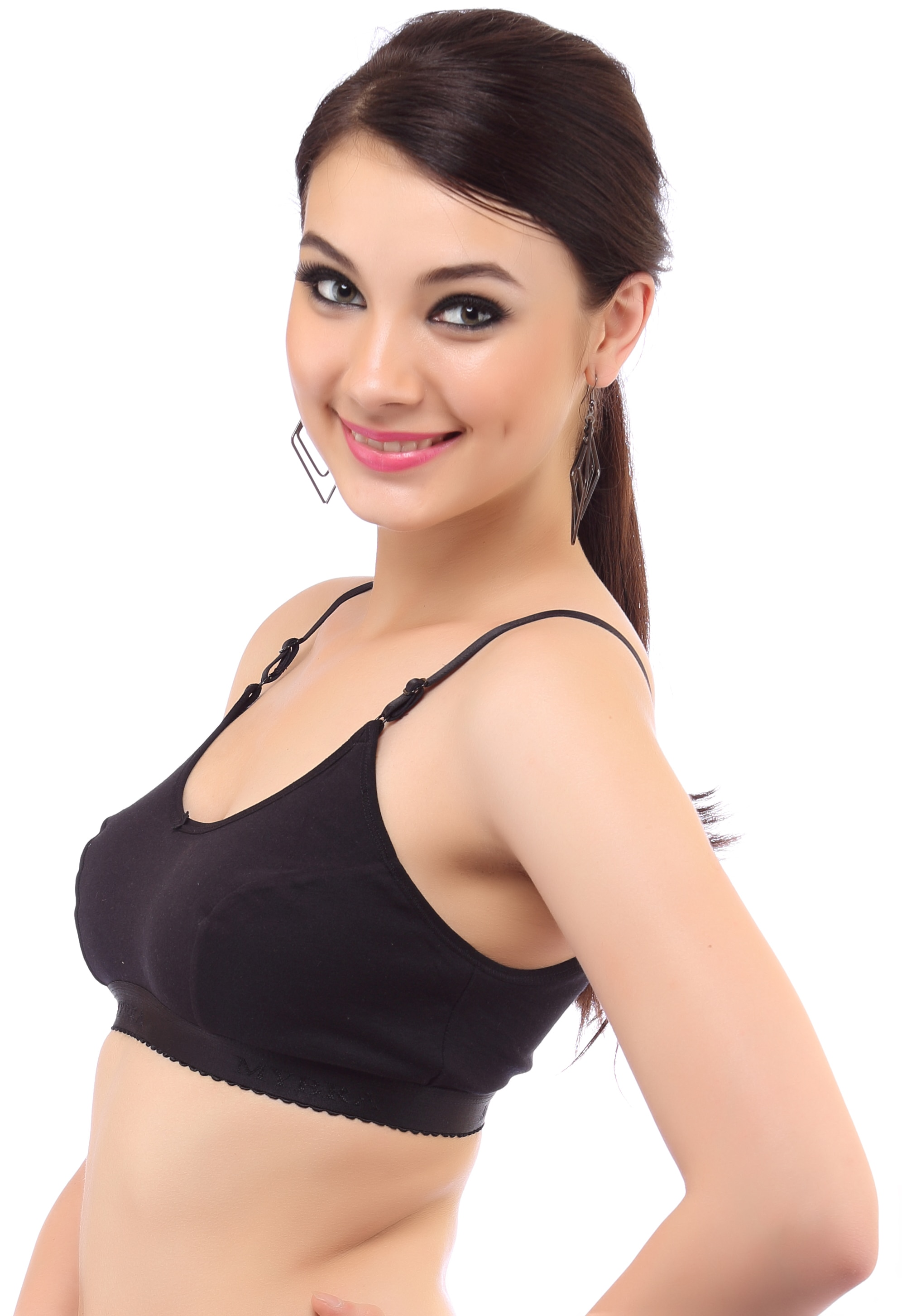 The traditional sports bra in India made from 100%  hosiery cotton fabric. The fabric is thick enough to hold the bust during rigorous movements of the body.