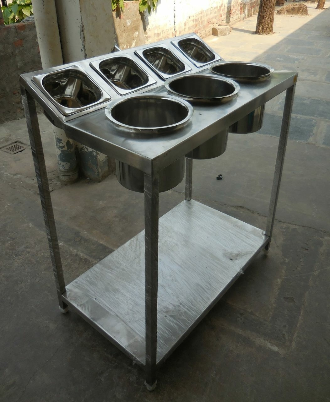 Stainless Steel Dosa, Idly Batter Table With Masala Containers For Restaurants, Hotels , College Canteens , Industrial Canteens, Commercial Kitchen Equipment Manufacturer In Chennai