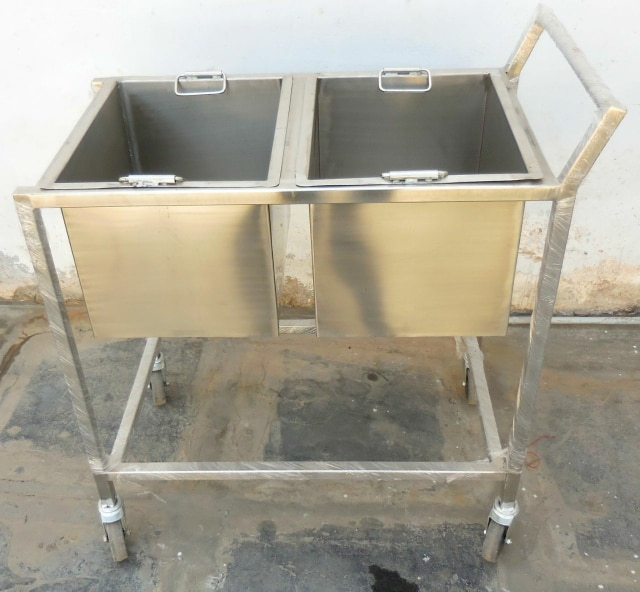 Stainless Steel Cleaning Trolley For Hotels , Restaurants , Marriage Halls , Industrial Canteens , Commercial Kitchen Equipment Manfacturer In Chennai
