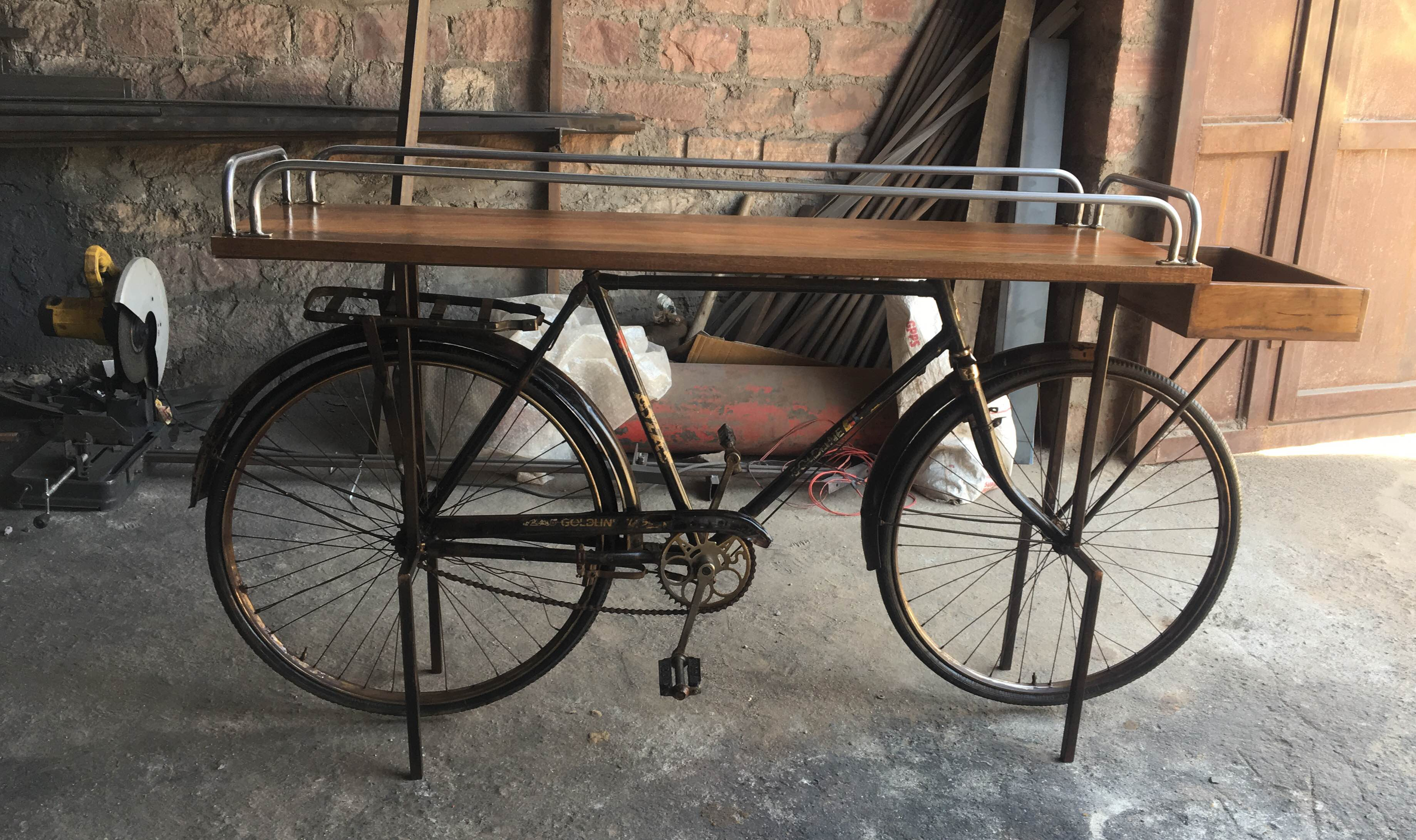 Iron cycle console t