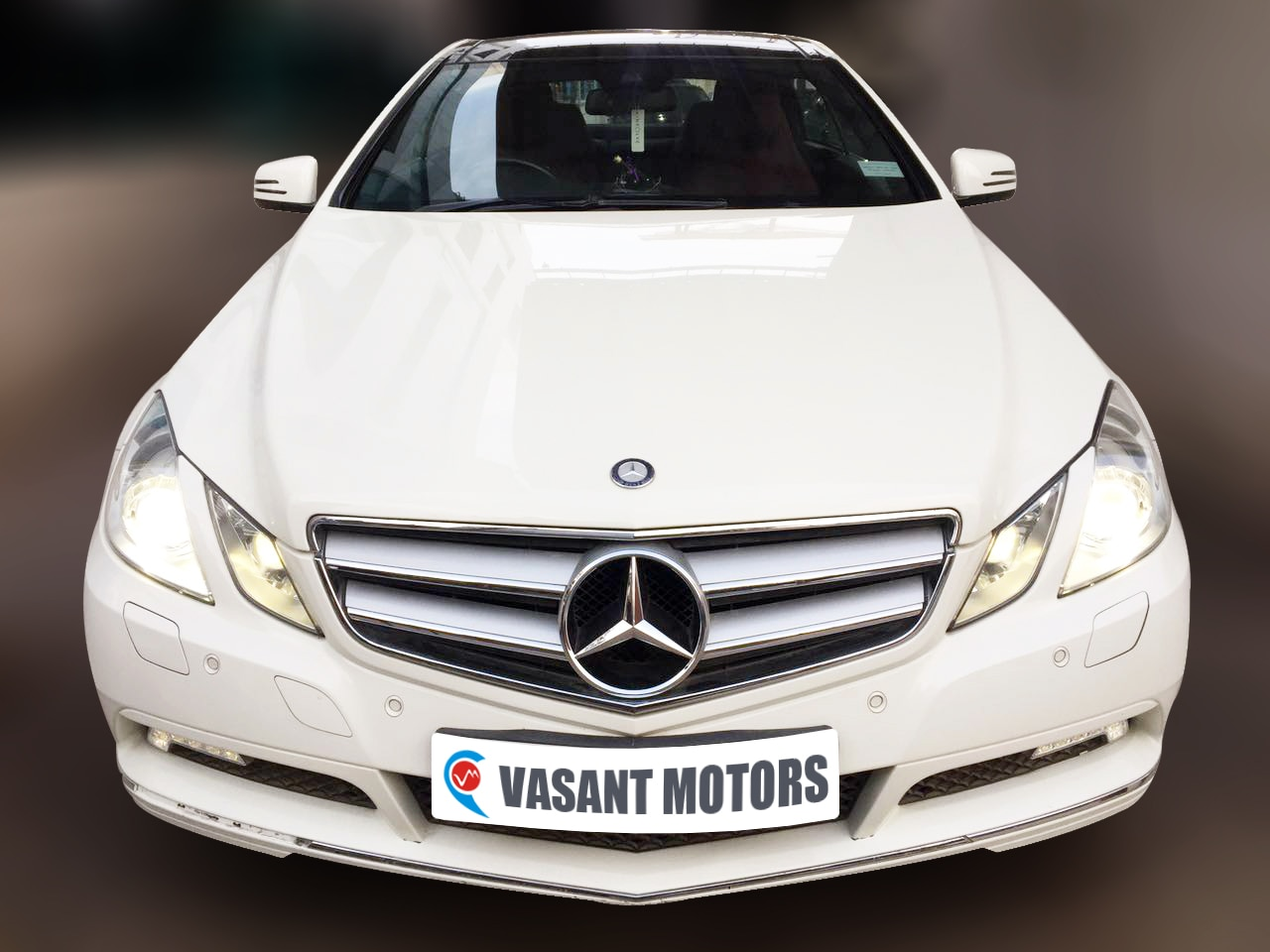 MERCEDES BENZ E350 COUPE  (CALCITE WHITE COLOR, PETROL), 2010 model done only 7, 000km in absolute mint condition. For further info call 7569696666