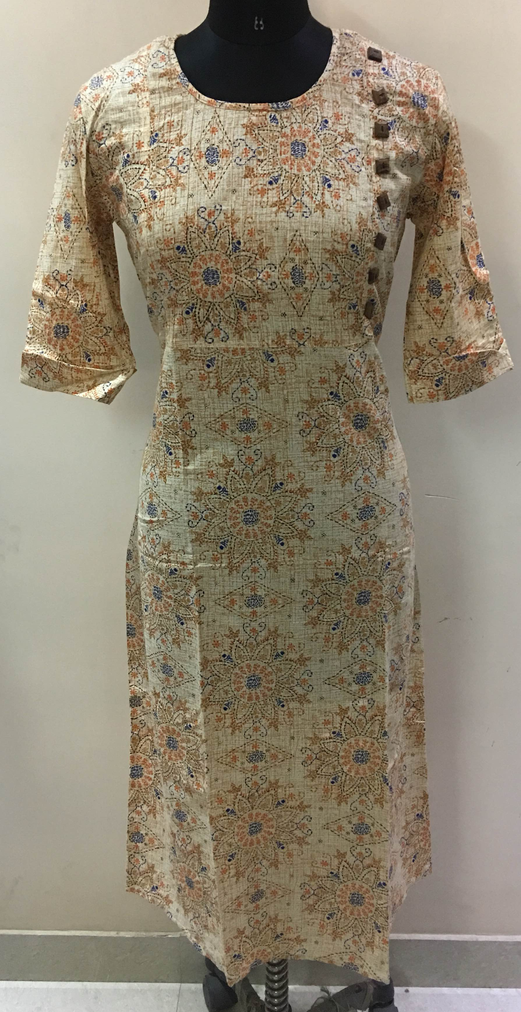 designer long kurtis from Jaipur India. We are one of the leading kurti manufacturer form Jaipur. We make traditional long kurti and selfie style kurti. We work on all type of fabric and handwork. Contact 8003899649 for details