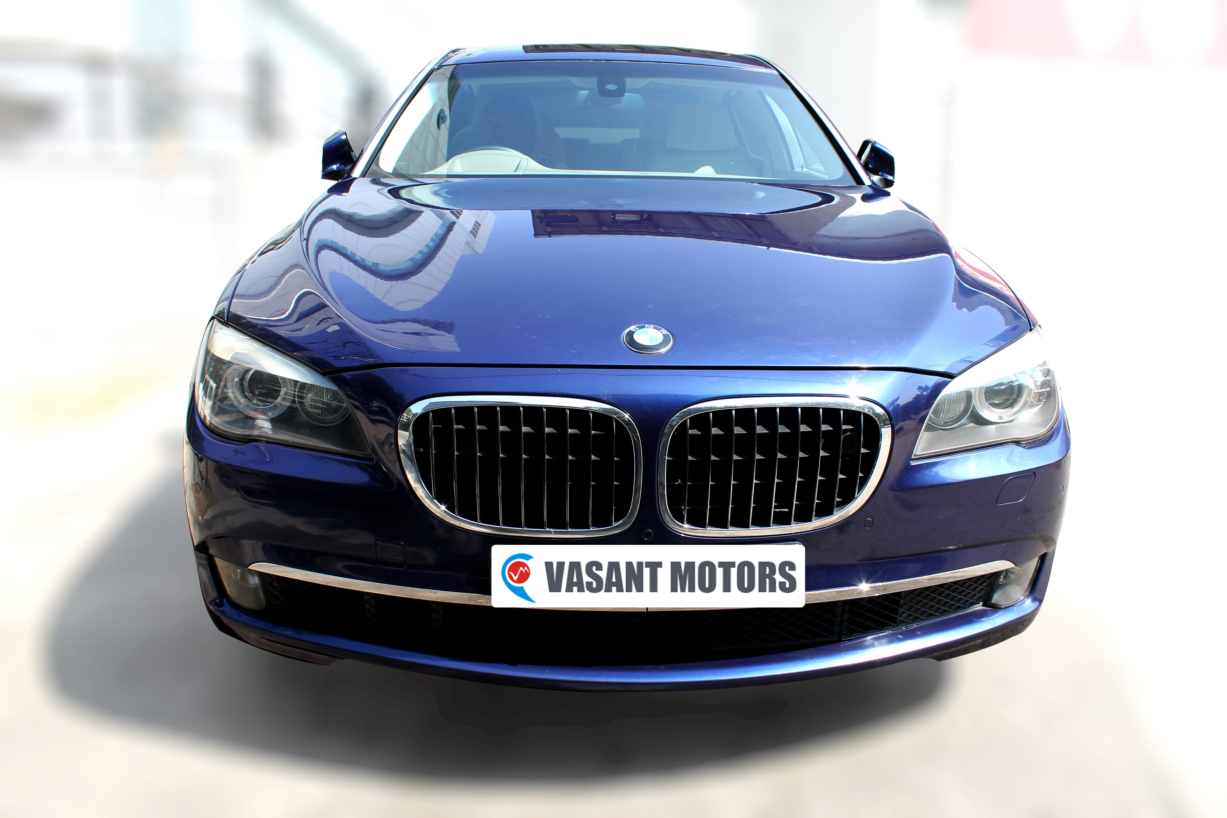 BMW 730LD (BLUE COLOR, DIESEL), 2009 model done only 44, 000km in absolute mint condition. For further info call 7569696666