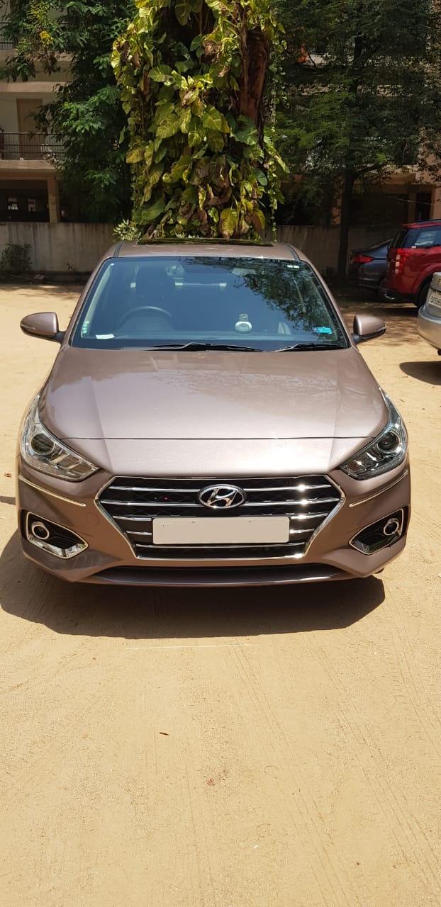 Hyundai Verna CRDi 1