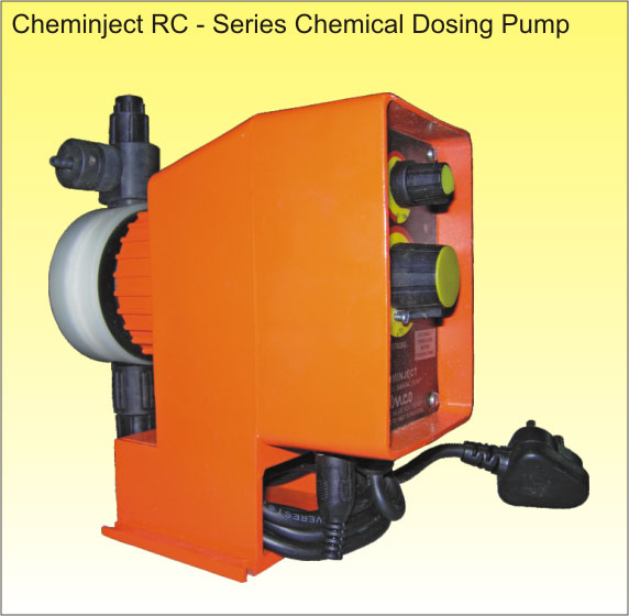 This pump works continuously in pulsar rating; each time a pulse is given to the magnet, which in turn push a piston. A diaphragm fixed on the piston head compressed the liquid in the pump head. The liquid exits the pump head through the delivery valve while the suction valve stays close. When the pulse ends, a spring moves back the piston and the diaphragm. The vacuum created by the diaphragm backward movement brings the liquid inside the pump head from the suction valve while the delivery valve is closed. The pump capacity is proportional to the number of piston strokes and to the pump head internal volume