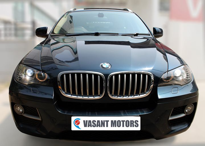 #BMW #X6 #XDRIVE 40D (MIDNIGHT BLUE METALLIC COLOR, DIESEL), 2012 model done only 57, 000km in absolute mint condition... buy now and get one year #service pack from us. For further info call 7569696666. visit us @ www.vasantmotors.in