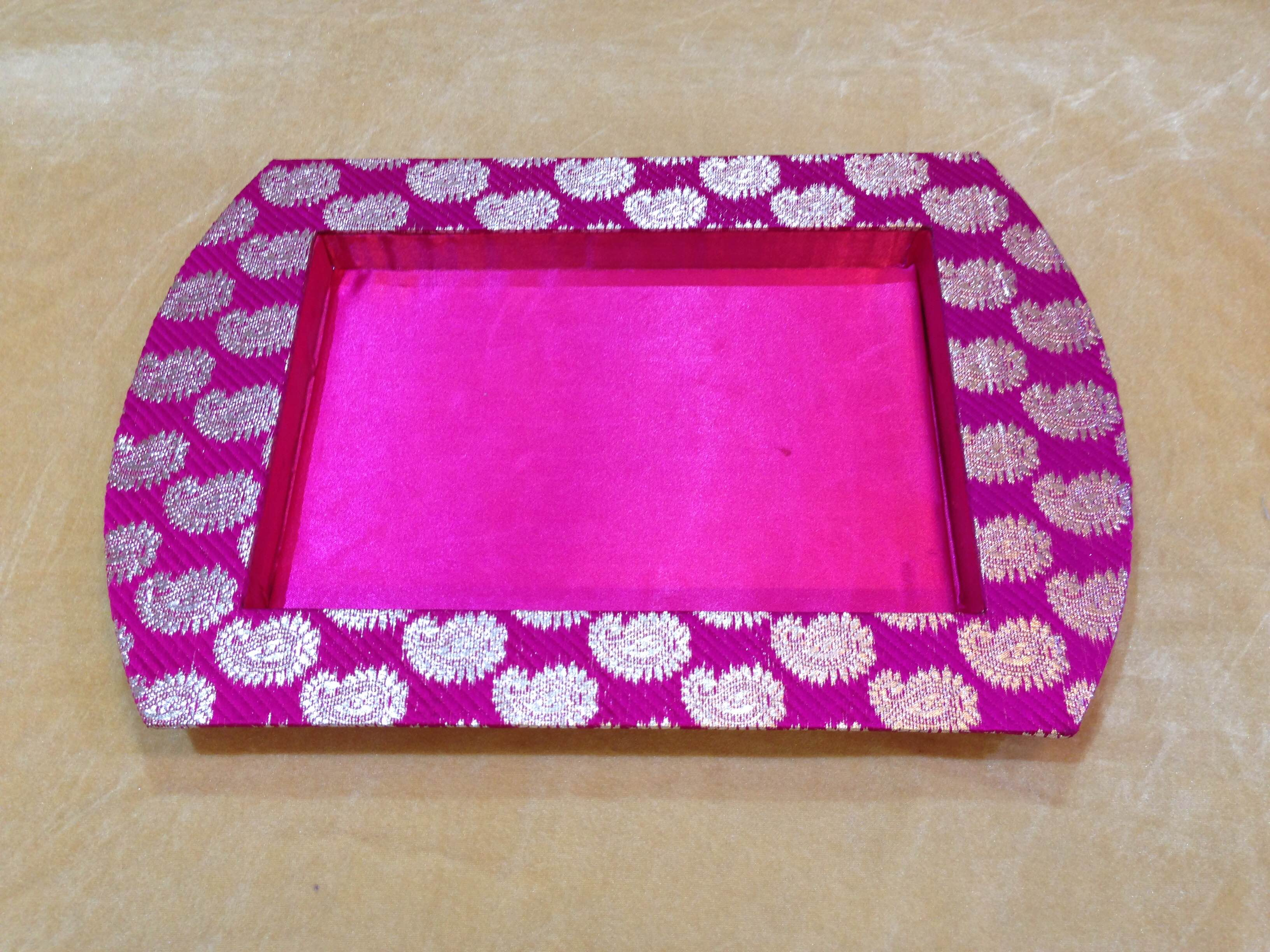 Fancy Dry Fruit Tray  We are leading manufacturer, supplier and wholesaler of Fancy Dry Fruit Tray in Delhi