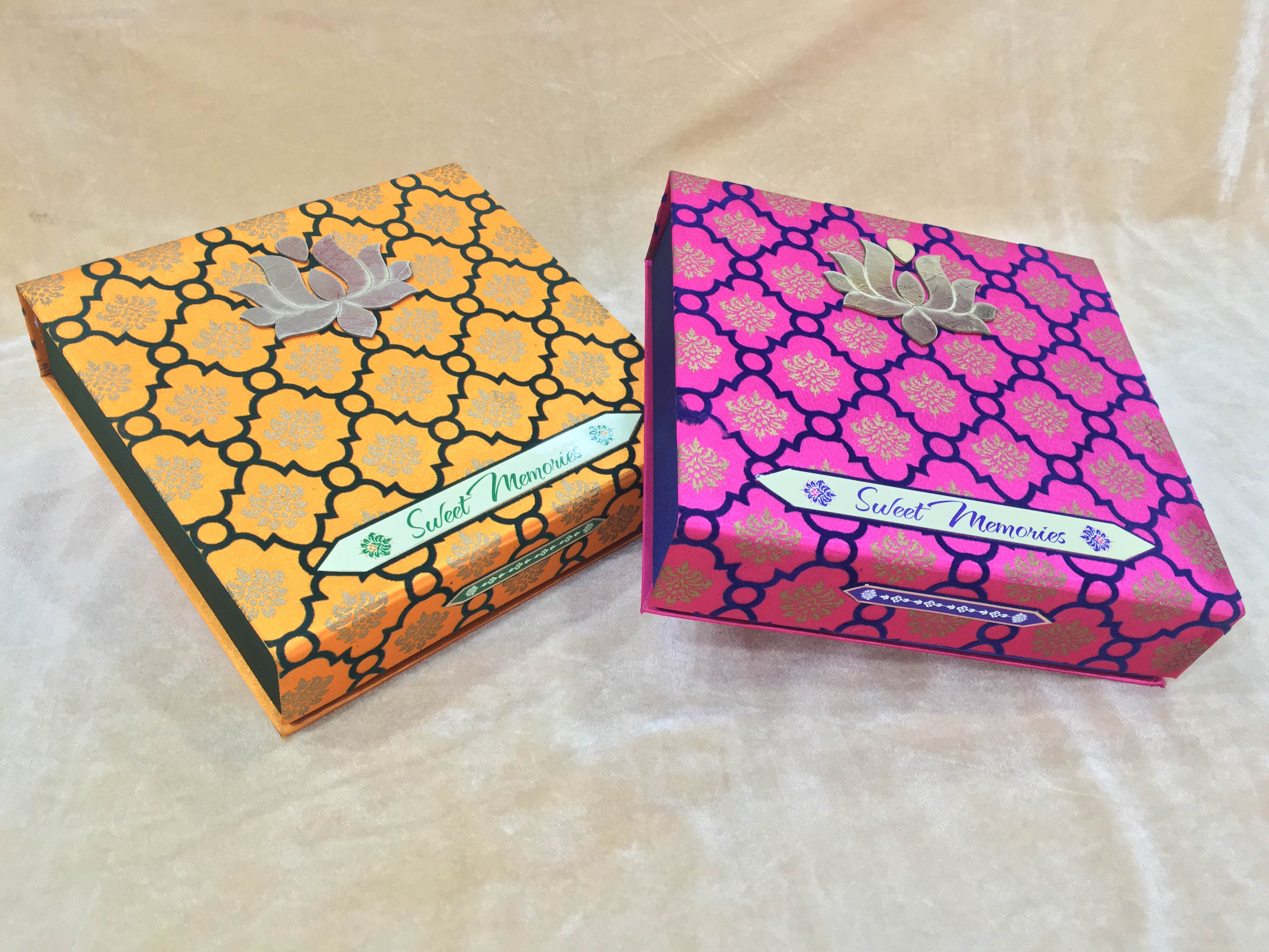 Fancy Dry Fruit Box  We are leading manufacturer, supplier and wholesaler of Fancy Dry Fruit Box in Delhi