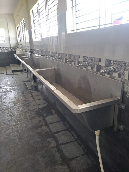 Stainless Steel Hand Wash Sink For Schools, Colleges, Marriage Halls, Company Canteens, Hotels & Restaurants Commercial Kitchen Equipment Manufacturer In Chennai