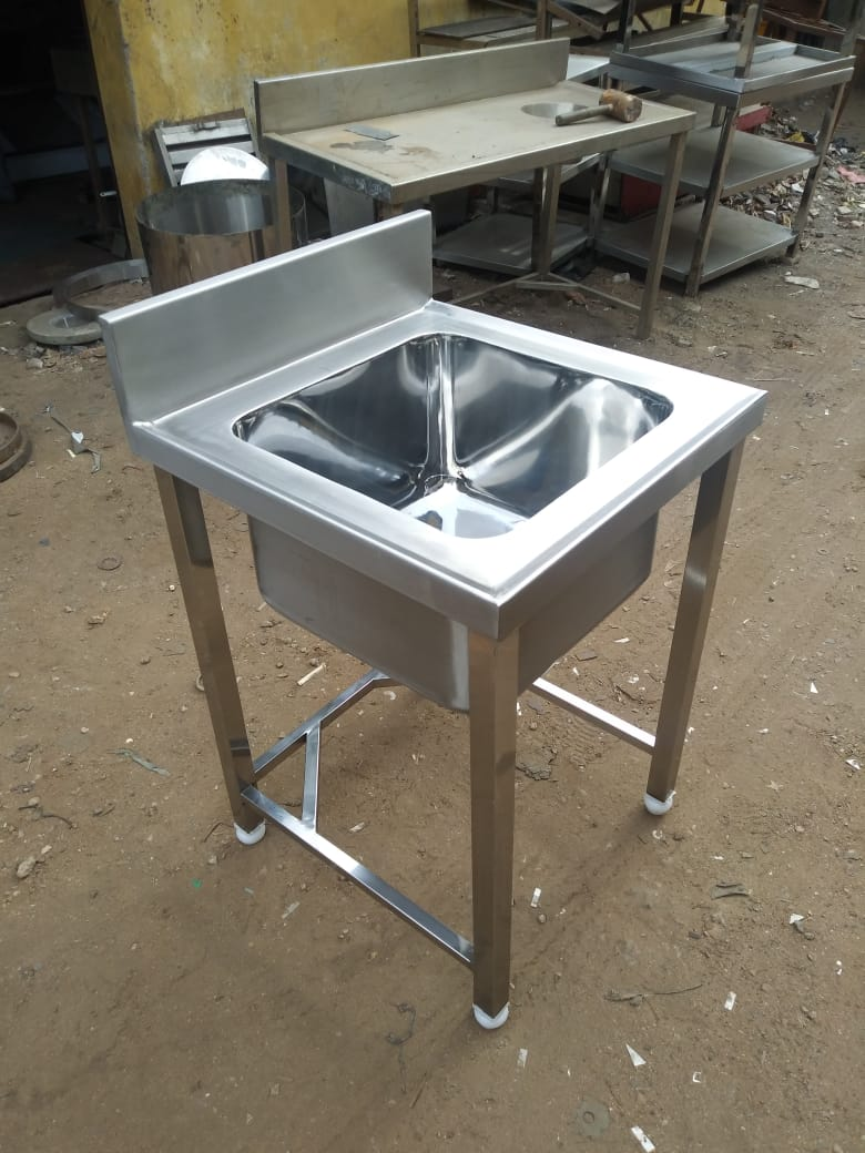 Stainless Steel Single Sink Unit For Hotels, Restaurants, Catering Companies, Food Courts, Multi Cuisine Restaurants, Central Kitchens, Commercial Kitchen Equipment Manufacturer In Chennai