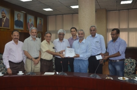 MOU signed between Clarity Medical and PGIMER (Post Graduate Institute for Medical Research) for product development and research in the field of medical instrumentation and applications.