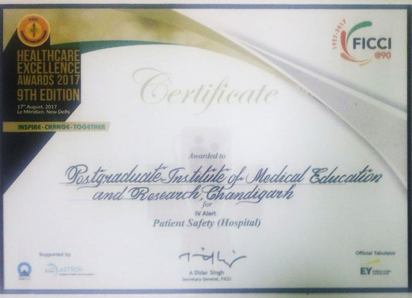 FICCI award given to Clarity Medical and PGIMER for best innovation in patient safety for IV Alert.