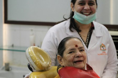Geriatric Dentistry Get the treatment done by the best Prosthodontists  - by The Dental Specialists, Hyderabad