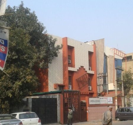 An approved office space measuring 2000 sq ft on ground floor available for rent in Sector-2, Noida at Rent of Rs. 1, 25, 000/- per month. For further details feel free to Call Mr. Jatinder Singh Taneja 9810025287 and write to us jkc25287@g - by JKC - Next Generation Realtors , South Delhi