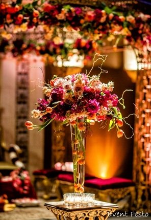 Wedding Flowers play an integral part in any wedding, used for both decoration and for tradition. Event Festo sets up the mood and tone for the day with artistic use of the wedding flowers. - by Wedding Festo, Delhi