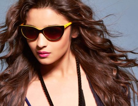 Be Unique. Have an Attitude. Look Great. These are the mantras of today's world.  Meet Alia Bhatt in IDEE Eyewear...