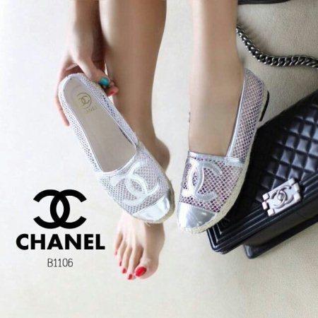 แบบขายดี!!!..มาใหม่ล่าสุดคร้า 🔝🍭พร้อมส่ง🍭🔝รองเท้า Chanel งานชนชอปเป๊ะ!!จ้ะ ด้ายหน้าปัก chanel งานสวย งานเก๋ รอบรองเท้าเปนตาข่ายกลิสเตอร์ มุ้งมิ้ง ฟรุ้งฟริ้งที่สุด เล่นขอบเชือกปอ พื้นปั้มแบร์นคร้าา มาให้ชอปก่อนใคร ห้ามพลาดนะคะ 👉ขนาด ปกต - by Raiwinshop, Mueang Phetchaburi District