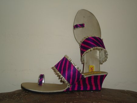 LEHERIYA WEDGES