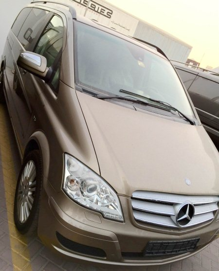 Mercedes Benz VIANO  Full day chauffeur @ 1200 AED Hourly Chauffeur @ 250 AED