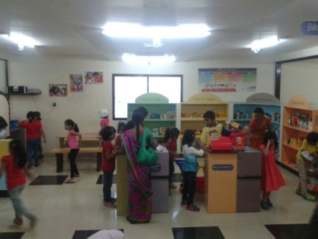 Kids at the hyber market shopping to help there parents - by KiDiHou Children's Museum, Hyderabad