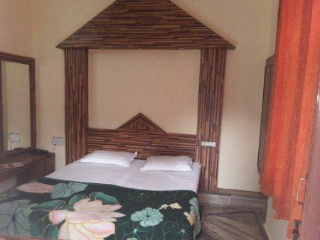 Room of Hotel kiran - by HOTEL KIRAN, Mount Abu