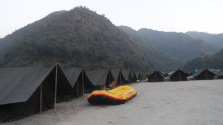 Best river rafting operater   all dear friends we are provided holi dehamka. we complete your rafting dream ... plz contact us 09997138793, 09456128664 my web.www.tindiaadventuretour.in