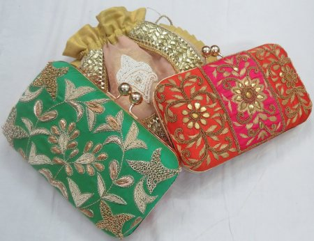 NEW COLLECTION OF BOX CLUTCHES