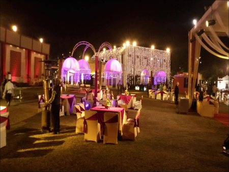 BEST MARRIGE HALLS IN DELHI  CHEAP AND BEST MARRIAGE/PARTY HALLS IN DELHI  BANQUETS AND LAWNS IN DELHI  BEST SERVICES AT AFFORDABLE PRICE   - by SANJYOG | 9810339179, DELHI