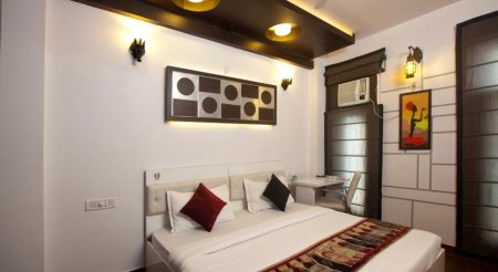 RK RESIDENCY Hotel is located in the West Delhi adjacent to posh colonies like Rajouri Garden, Kirti Nagar, Janak Puri.Free pick up service from airport. - by RK RESIDENCY, Delhi
